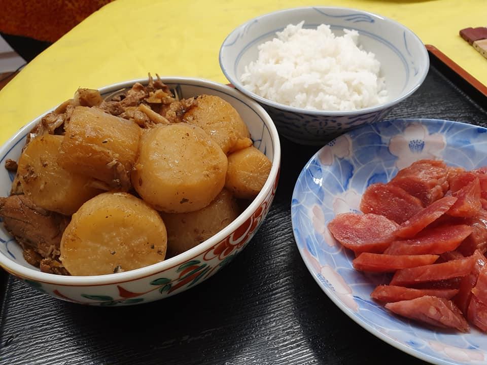 Stewed Daikon with Salmon Trimmings & Garlic served with Jasmine Rice & Chinese Wax Sausage