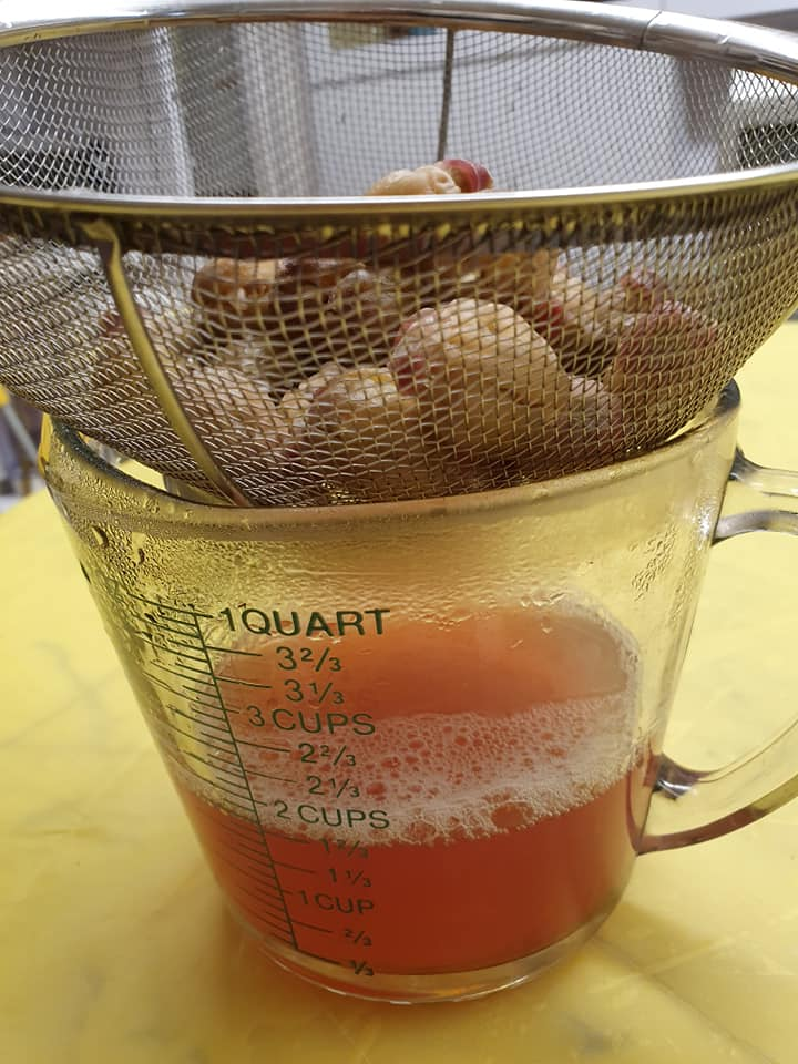 Strain the Roselle Seeds broth
