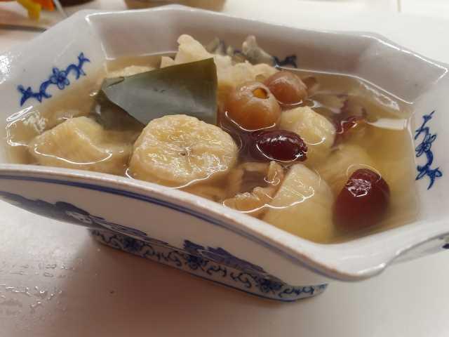 White Fungus Banana Sweet Dessert