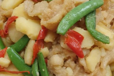 Fish Maw, Potatoes & Sweet Peas in Oyster Sauce