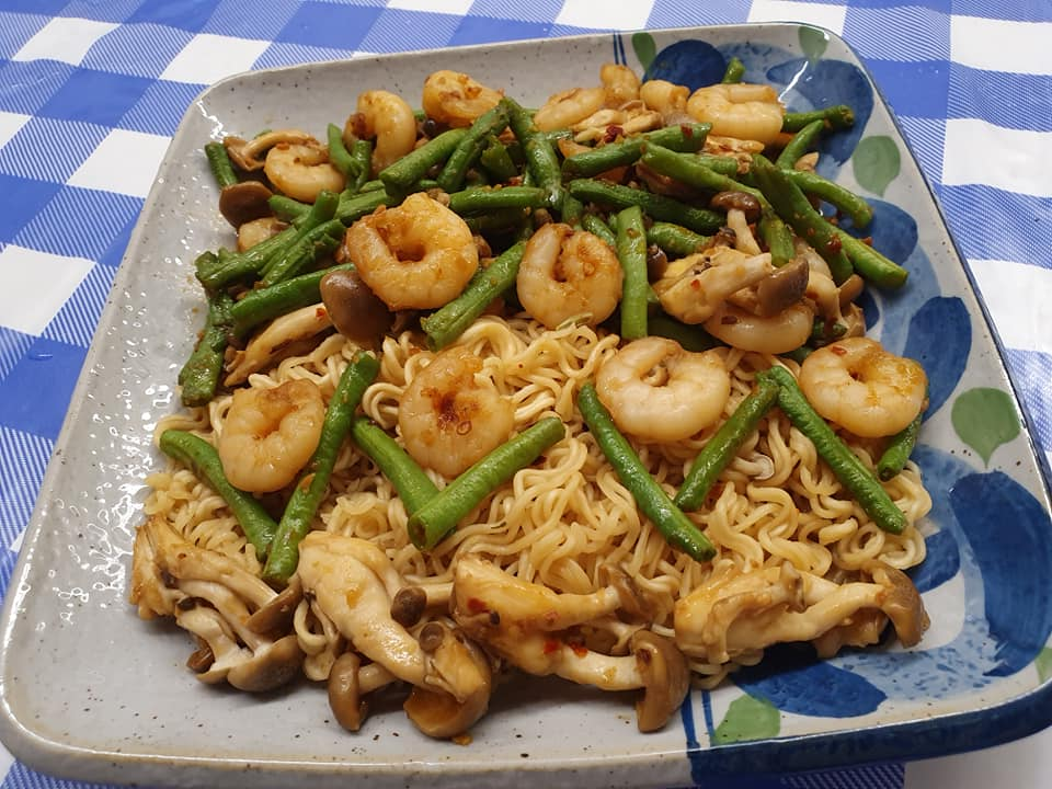Tanmen with Prawns and Green Beans in Prawn Chilli Sauce